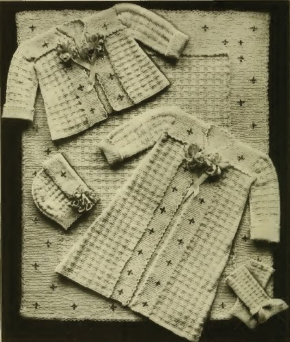 (Infant's Knitted Set #1 Vintage Knitting Pattern from 1918)