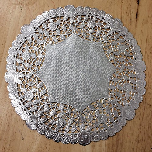 PEPPERLONELY 10 Inch Silver Round Lancaster Paper Doilies 50 Count by PEPPERLONELY