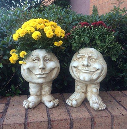 homestyle-muggly-37388-papa-john-and-petunia-12-face-planter-antique-white-garden-statue