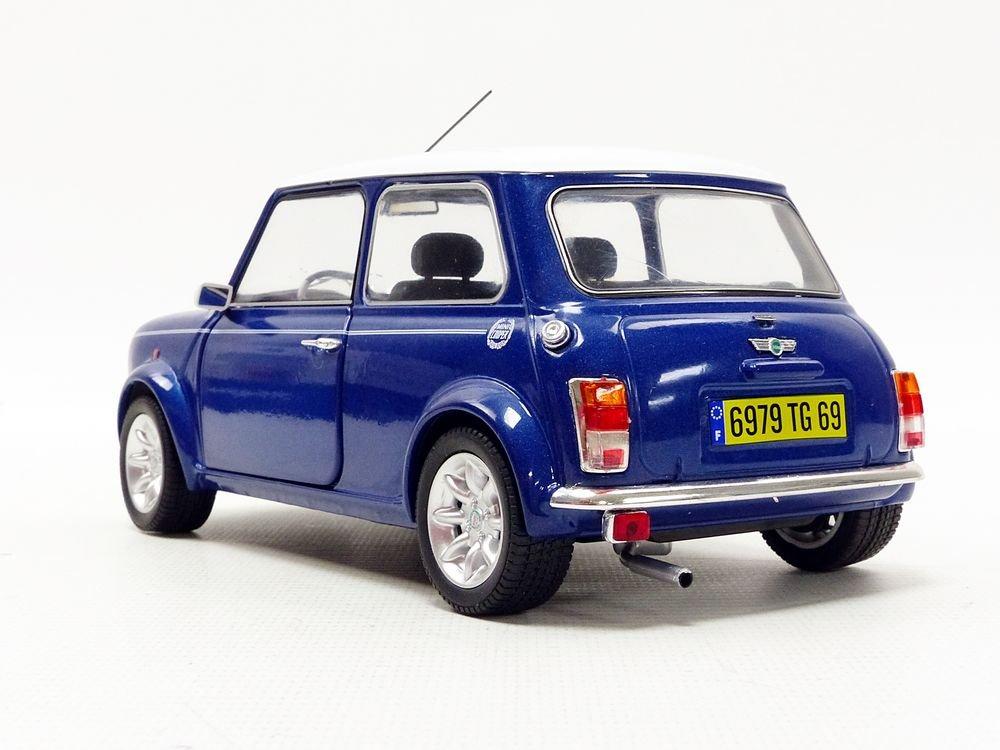 Bleu M/étal// Blanc Mini Cooper S 1.3L I 1997 V/éhicule Miniature 1800601 Echelle 1//18 Solido