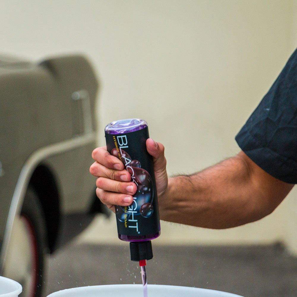 Chemical Guys CWS61964 Black Light Hybrid Radiant Finish Car Wash Soap (64 oz - 1/2 Gallon) by Chemical Guys (Image #11)