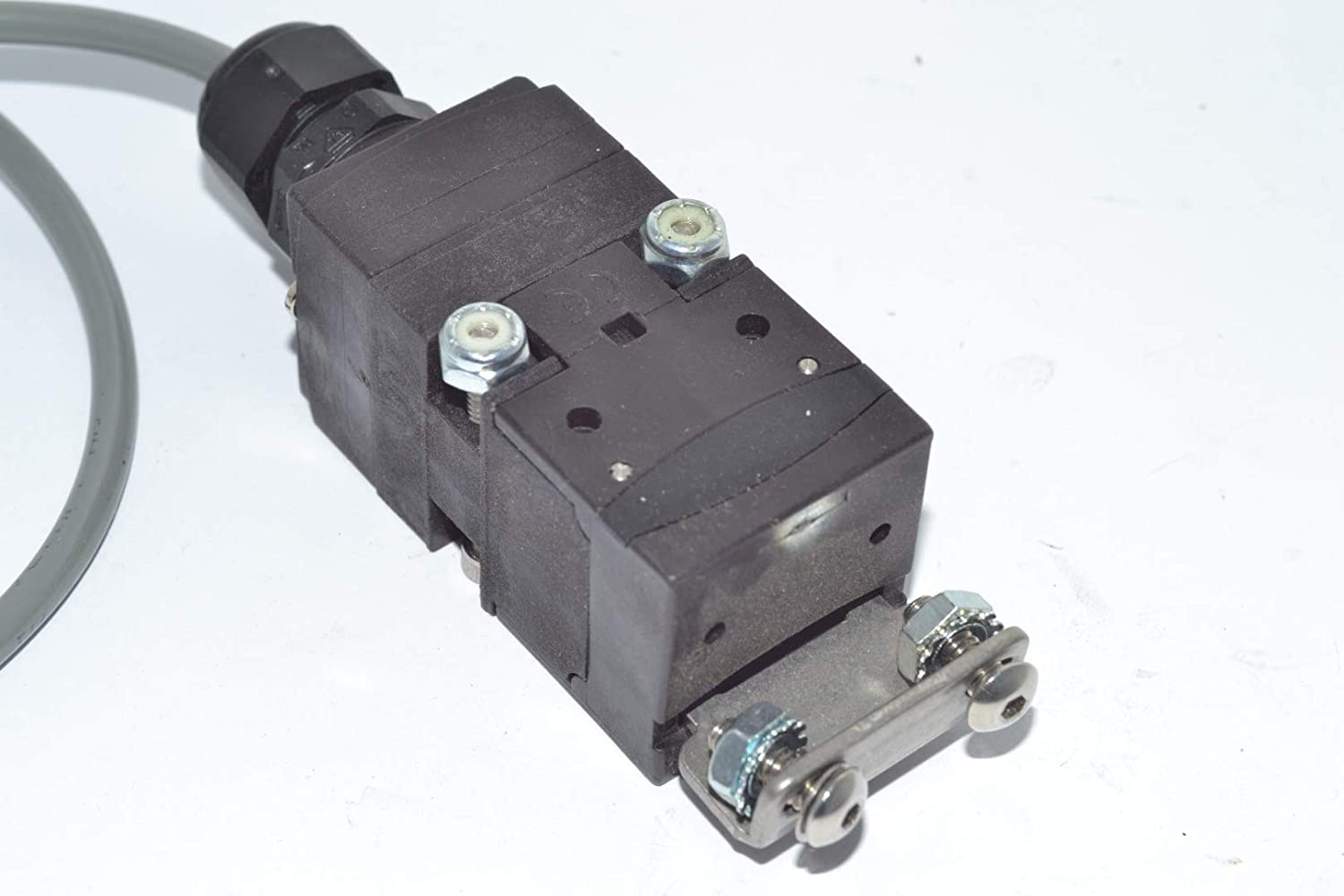 Schmersal AZ 17-11zk Safety Interlock Switch T122744