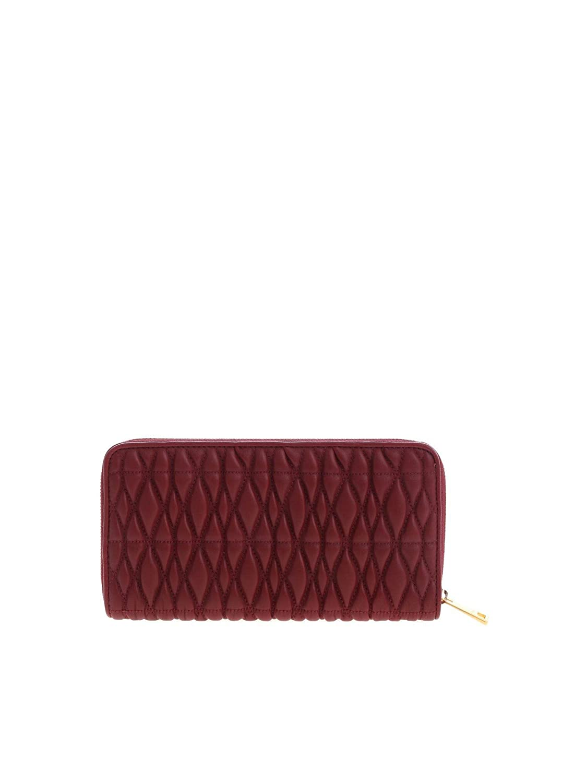 5923e33bcf Furla Women's 993819 Burgundy Leather Wallet: Amazon.ca: Sports & Outdoors