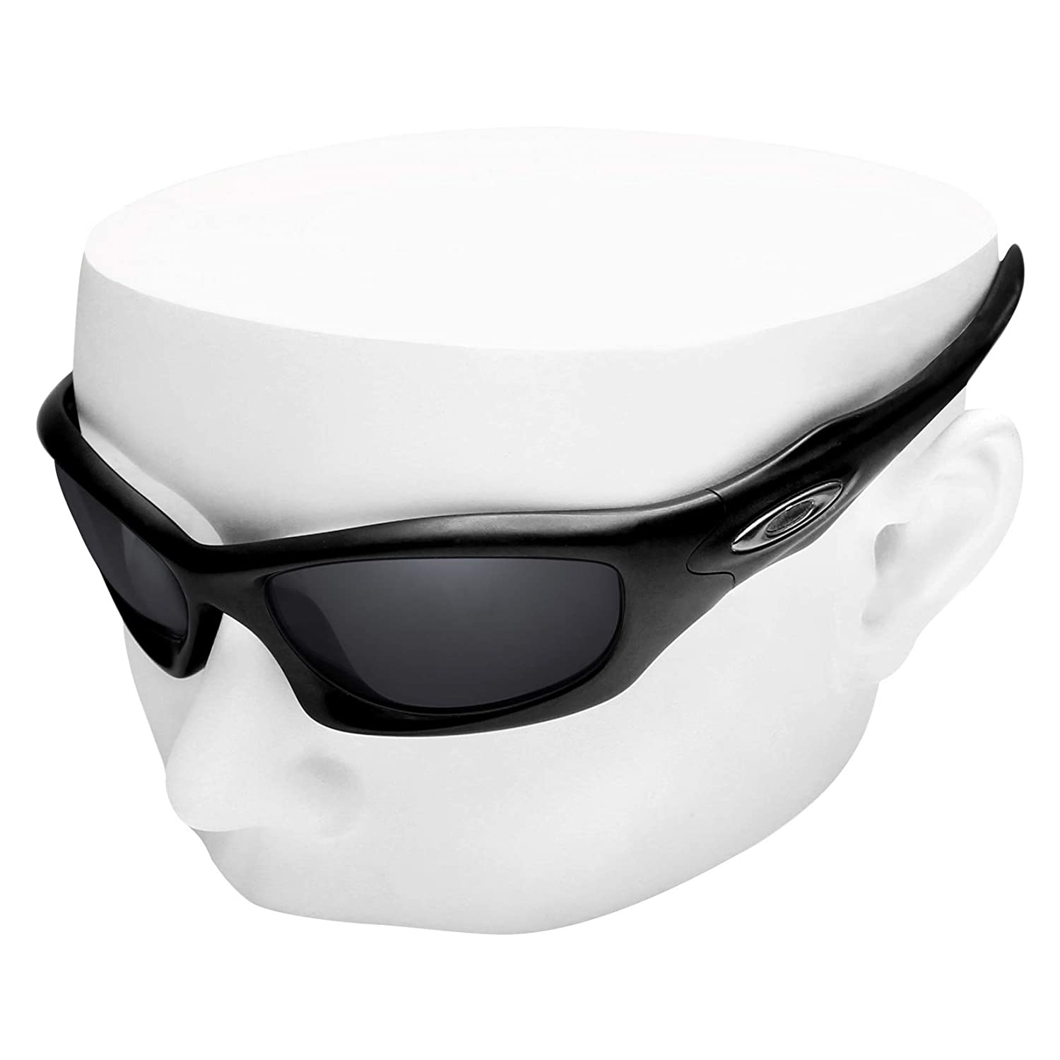 2e7a127e32 Amazon.com  OOWLIT Replacement Lenses Compatible with Oakley Monster Dog  Sunglass Black Non-polarized  Clothing
