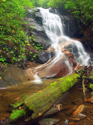 (Waterfalls of the Southern Highlands)
