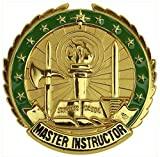 Vanguard ARMY IDENTIFICATION BADGE: MASTER INSTRUCTOR - GOLD