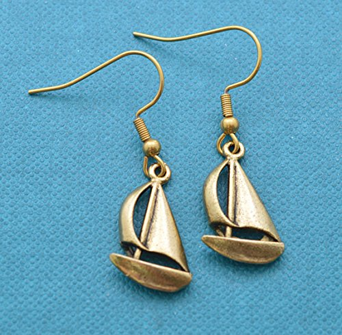 Sailboat earrings in 24K gold plated pewter. Gift for mom. Gift for her. Sailing gifts. Sailboat earrings. Sailing (Pewter Sailboat)