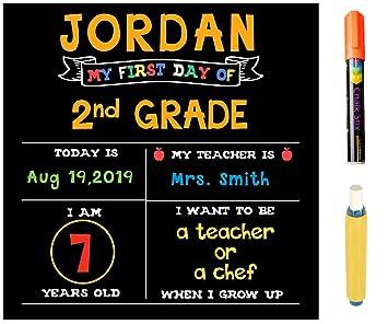 Amazon.com: Tabla de tiza para el primer día de la escuela ...