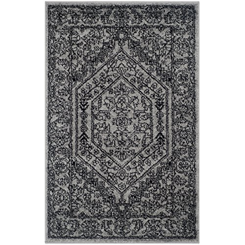 Safavieh Adirondack Collection ADR108A Silver and Black Oriental Vintage Medallion Area Rug (2'6″ x 4′)