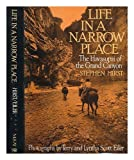 Life in a Narrow Place, Stephen Hirst, 0679202862