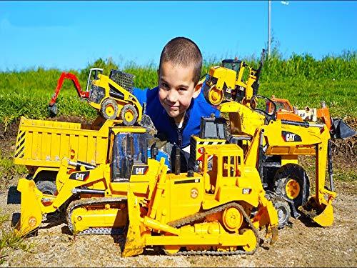 Bruder Construction Toy Trucks Collection In Action - Excavators, Dump Trucks, Loaders, Roller