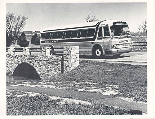 - 1964 GMC PD4106 Trailways Bus Factory Photo