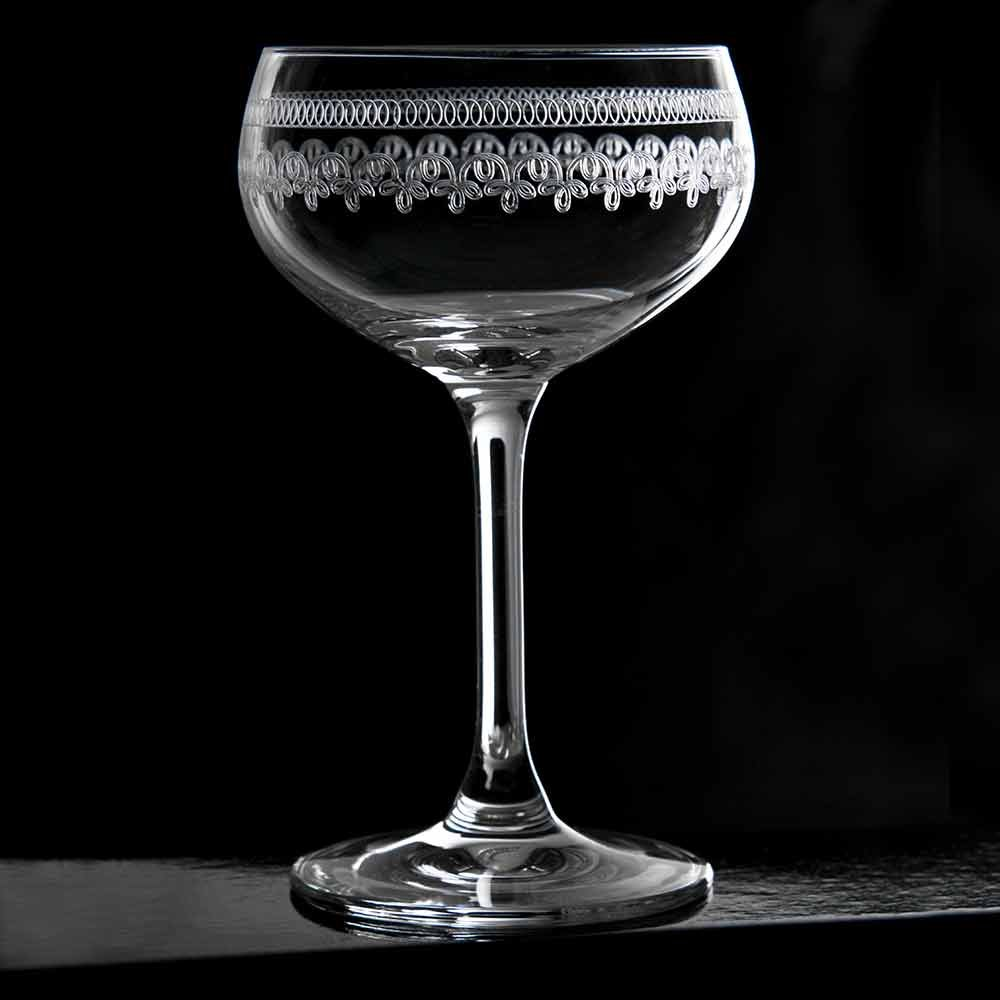 Urban Bar Retro Coupe Glass 1910 21cl - Single - Vintage Lead-Free Crystal Stemmed Coupe with an Etched Pattern