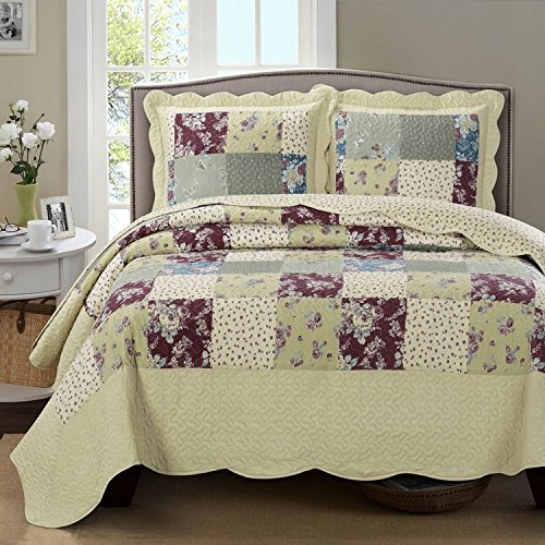 (Soothing and Serine reversible Full/Queen Tania Antique Quilt set; 100% microfiber fabric with hypoallergenic, wrinkle free, and machine washable properties; Calm ivory and plum floral print )