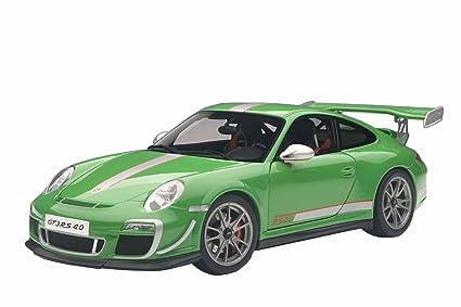 Porsche 911 GT3 RS 4.0, green