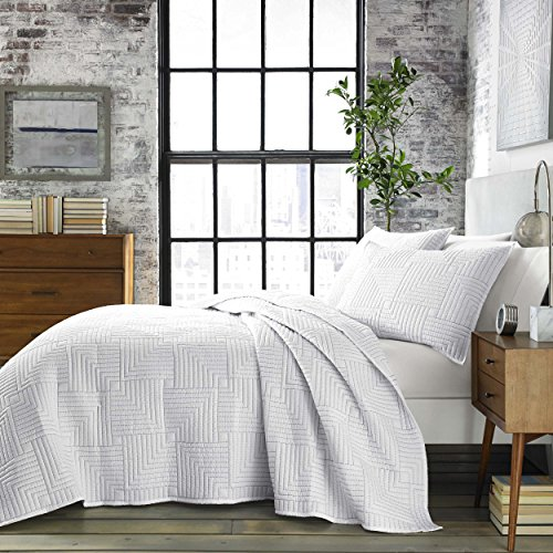 City Scene Maze Quilt Set, King, White -