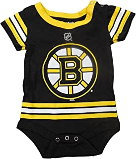 Amazon.com  Outerstuff Boston Bruins Baby Infant Hockey Jersey Style ... 12588c177