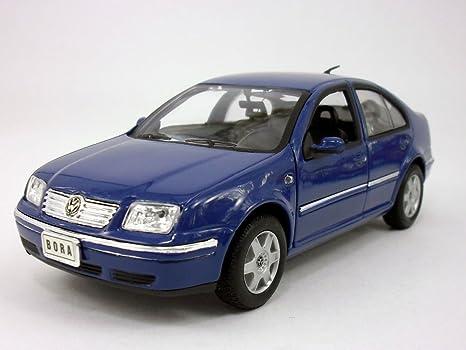 Amazon Com Vw Volkswagen Jetta Bora 2001 1 24 Scale Diecast Metal