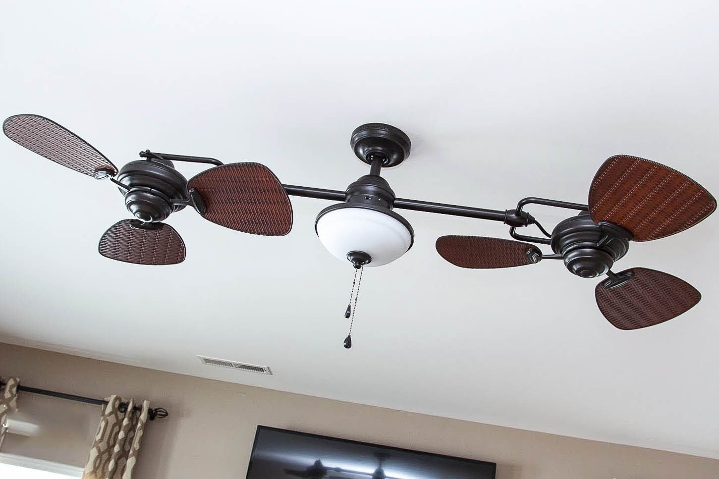 Harbor Breeze Twin Breeze Ii 74-in Oil-rubbed Bronze Outdoor Downrod Ceiling Fan L0982