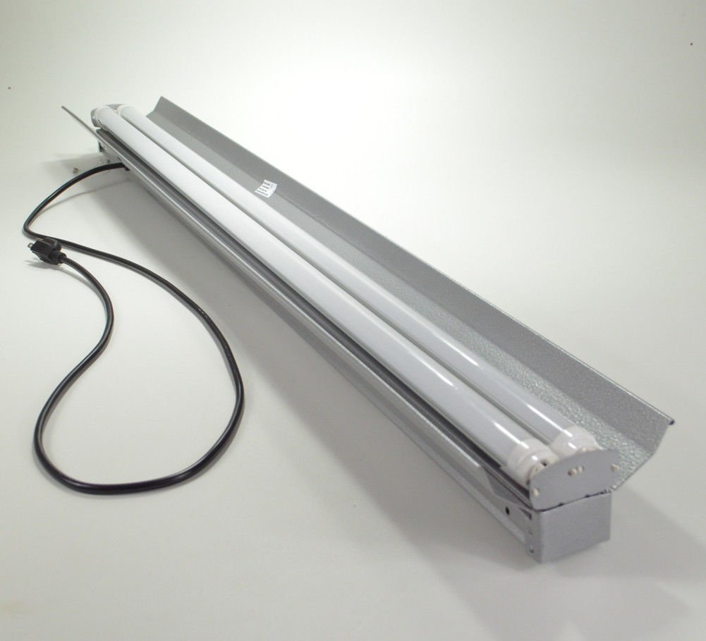 Four-Bros LED Utility Shoplight 36 watt 4200 Lumen 48'' (4 feet) with pull On/Off. One piece Aluminum housing. Hanging hardware (chain) included.