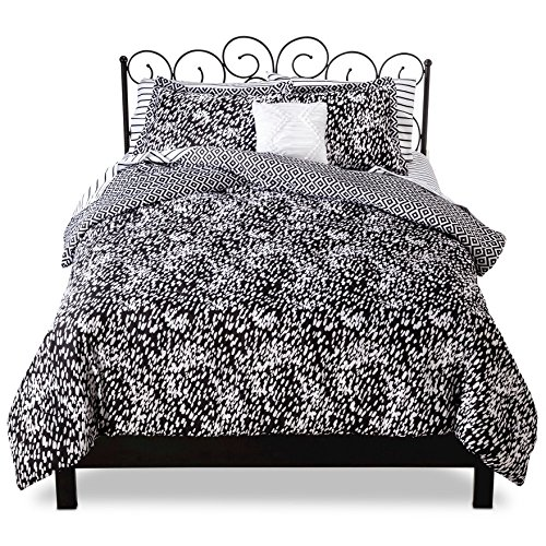 Xhilaration™ Cheetah Bed in a Bag - Black/White - 8 Piece