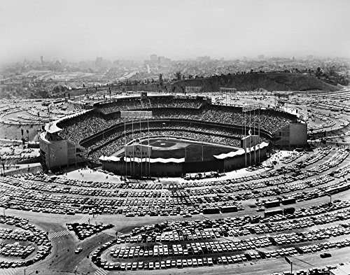 Los Angeles Stadium 1962 Nchavez Ravine The Dodgers Stadium In Los Angeles Calfornia 3 September 1962 An Audience Of More Than 54000 Watch The Dodgers Playing The San Francisco Giants Poster Print by ()