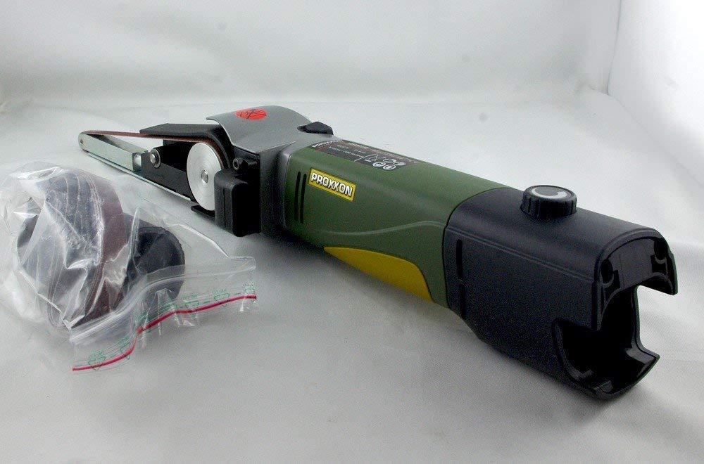 Proxxon 29812 Schleifmaschine/Bandschleifer BS/A und 4 Schleifbä nder, Hauptgehä use aus glasverstä rktem POLYAMID, Schleifgeschwindigkeit: 200-700 m/min