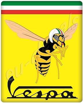 Miovespa Collection 3d Aufkleber Gewölbt Für Die Vorderseite Horncasting Abzeichen Ihrer Vespa Mit Mio Vespa Logo Auf Gelber Und Italienischer Flagge Auto