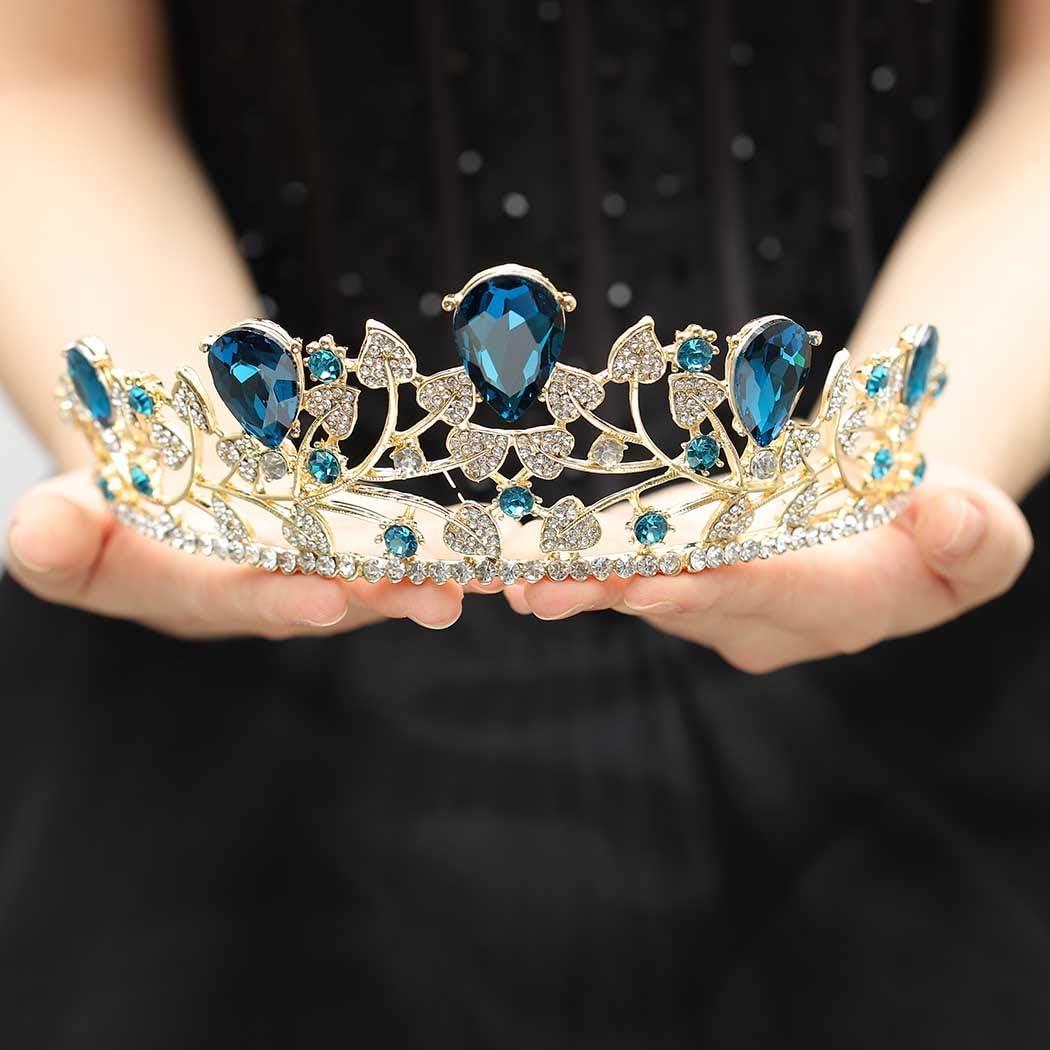 Tiara Mania: Queen Elizabeth of the United Kingdoms