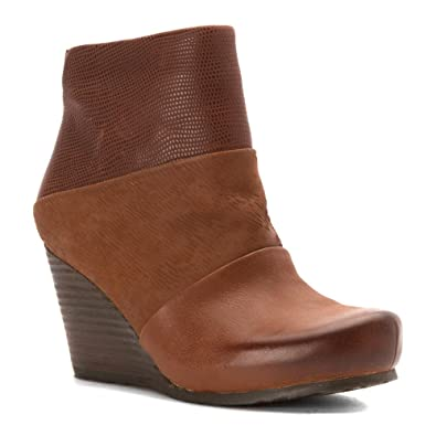OTBT Women's Vagary Wedge Bootie