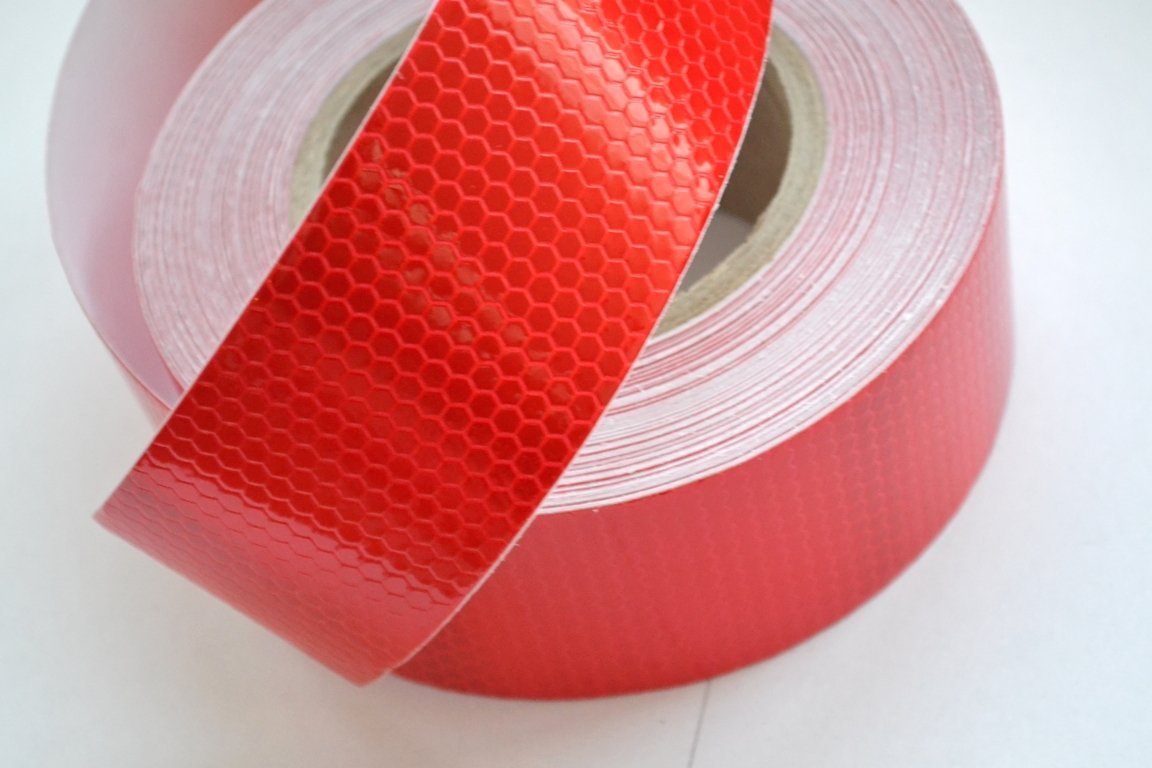 45 meter Truck HGV Reflective RED conspicuity tape sticker decal Vinyl for Lorry Trailer Van Caravan Camper Chassis ECE 104 16216R45