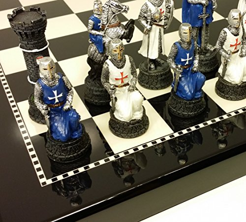 Medieval Times Crusades White & Blue Chess Set Hand Painted w/ Black & White Gloss Board