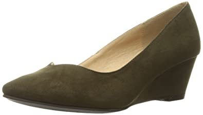 1a072296ef9d1 CL by Chinese Laundry Women's Tiara Wedge Pump