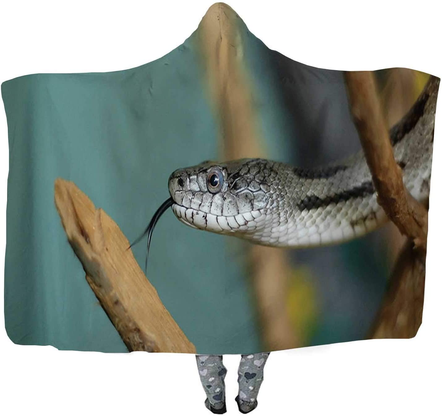 CUDEVS Florida Pine Snake Flicking its Tongue Wearable Blanket,Microfiber Fleece Soft Warm Winter Novelty Wearable Blanket,085346,60''W x 50''H