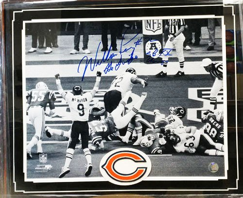 Encore William Perry Autograph Photo Deluxe Frame 16 x 20 certificate