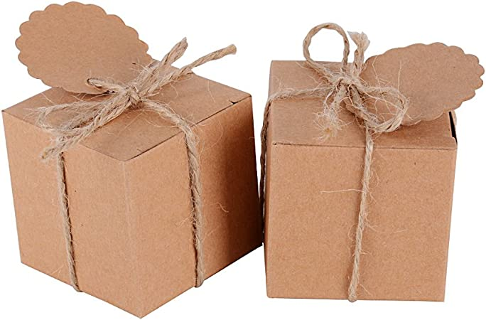 100pcs(5 * 5 * 5cm) Cajas Papel de Caramelos Dulces Bombones Regalos Recuerdos Invitados Boda Fiesta Bautizo Comunion Graduación Color Marrón + Cuerda + Etiqueta: Amazon.es: Hogar
