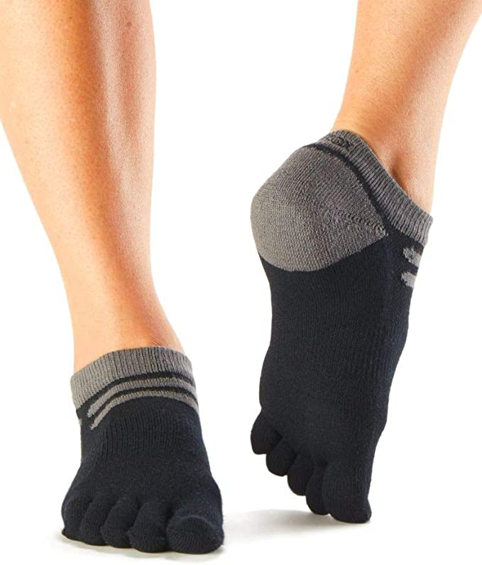 Trails and Long Distance Running toesox UltraSport Performance Medium Weight Crew Toe Socks for Hiking