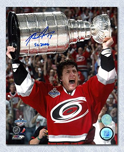 Rod Brind'Amour Carolina Hurricanes Autographed 2006 Stanley Cup 8x10 Photo - Autographed NHL Photos