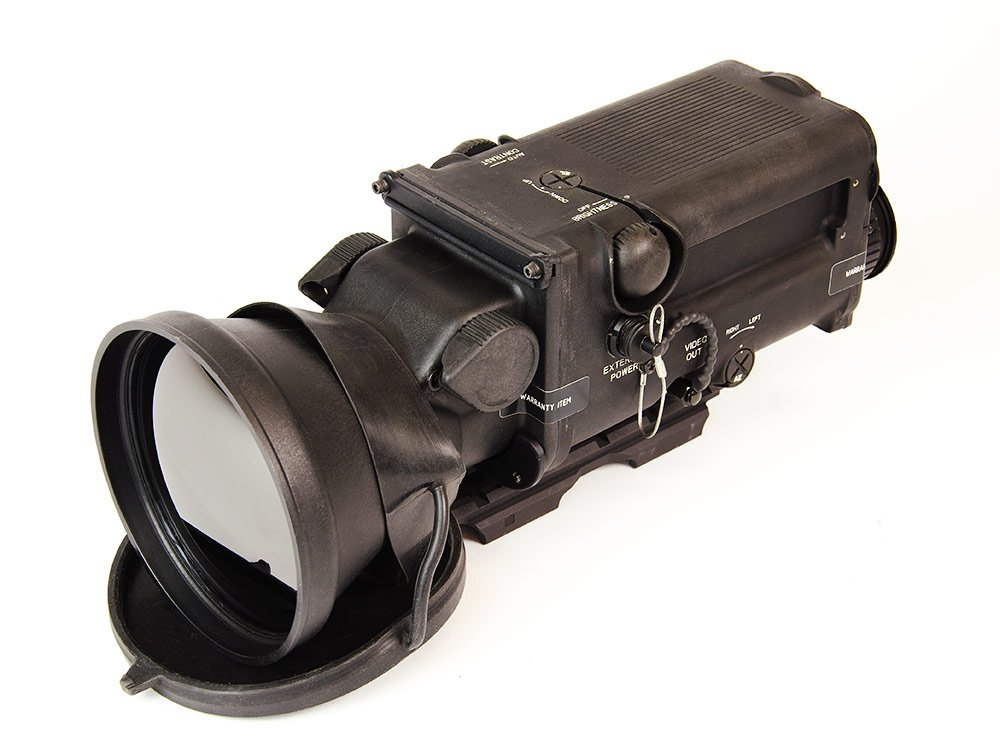 Raytheon W1000 Thermal Weapon Sight