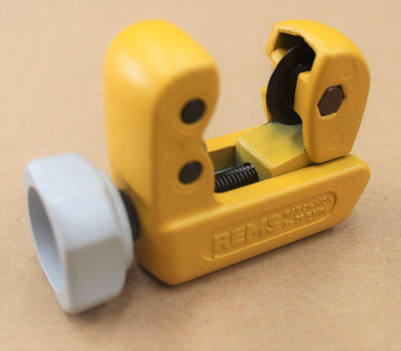 REMS Rohrabschneider RAS Cu-INOX 3-28 Mini - Installationswerkzeug zum Trennen von Rohre Durchmesser 3–28 mm, 1/8–1 1/8', Wanddicke s ≤ mm 4 | klein, handlich, stabile Konstruktion 1/8–1 1/8 Rems Waiblingen