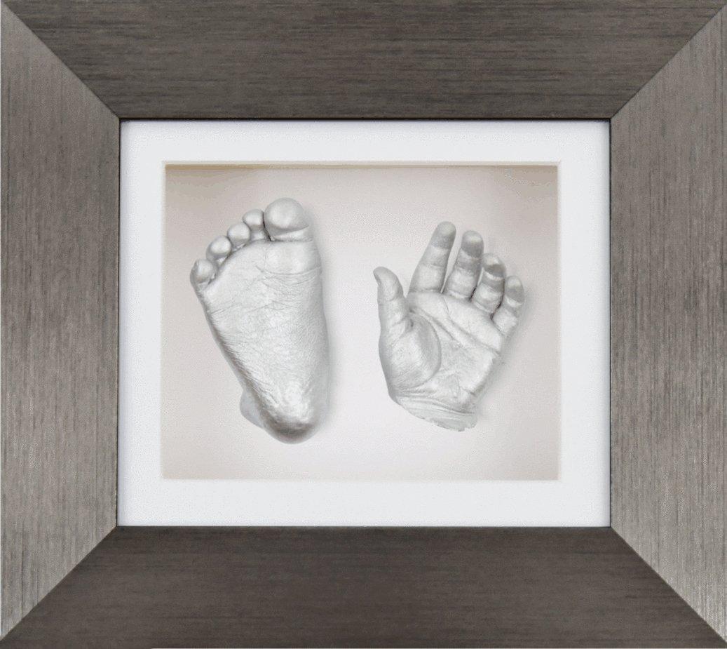 Anika-Baby Kit de moulage de pieds et de mains de bébé avec cadre boîte 3D en étain brossé à passe-partout et peinture Blanc-