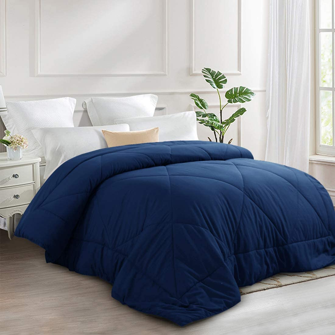 INGALIK All-Season Bed Comforter Best Soft Down Alternative Quilted Comforter with Corner Ties - Summer Cooling - Machine Washable (Navy Blue, Queen(88×88inch))