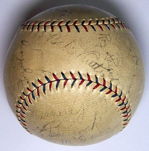 1930 Ny Yankees Babe Ruth Lou Gehrig Team Signed Baseball Ball 23 Autos – JSA Certified