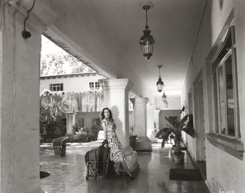 19155de44 Amazon.com  Dolores Del Rio Posed in Black and White Photo Print (30 x 24)   Home   Kitchen