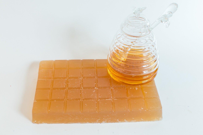 Honey Glycerine Soap Base- 2lb Soap Expressions