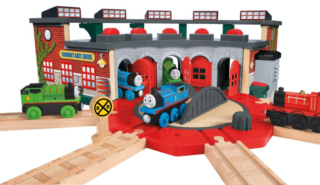 Amazon.com: Thomas & Friends Fisher-Price Wooden Railway, Deluxe ...