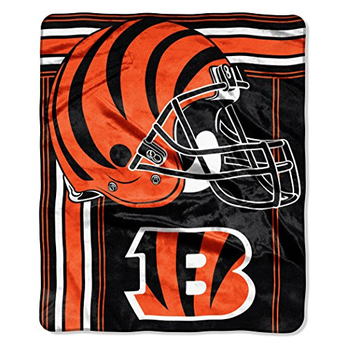 Bengal Blanket - The Northwest Company NFL Cincinnati Bengals Touchback Plush Raschel Throw, 50
