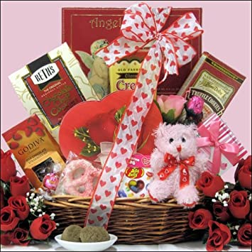 Amazon.com : Sweet Love: Valentine\'s Day Chocolate & Sweets Gift ...