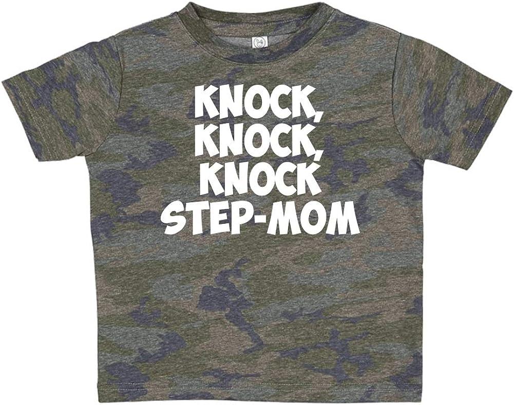 Knock Knock Knock Step-Mom Toddler//Kids Short Sleeve T-Shirt