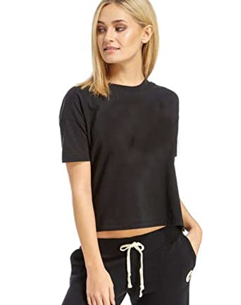 7f4142e42d81c Khanomak Short Sleeve Plain Solid Casual Crew Neck Tee Cropped Top at  Amazon Women s Clothing store